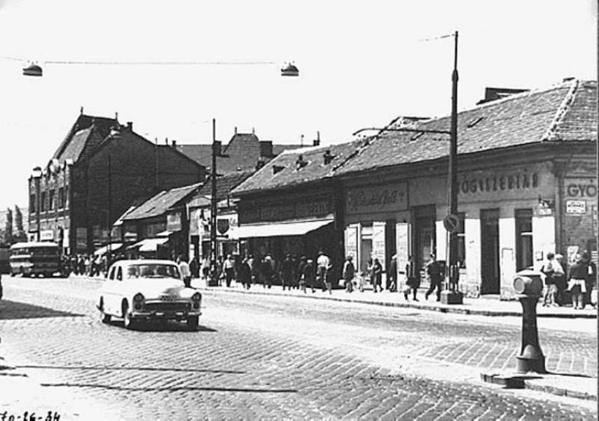 1970 táján, Szentendrei és a Kórház utca sarok