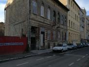 2017, Dobozi utca