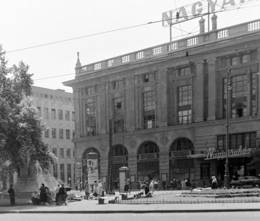 1949, Blaha Lujza tér, Corvin áruház, 8. kerület