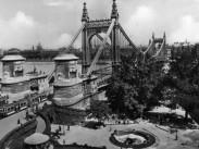 1930-as évek, Döbrentei tér