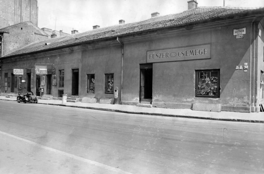 1961, Luther utca a Köztársaság (II. János Pál pápa) tér sarok