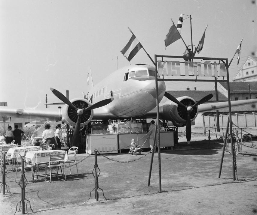 1963, Mázsa tér,10. kerület