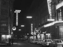 1965, Kígyó utca a Felszabadulás tér (Ferenciek tere) felől