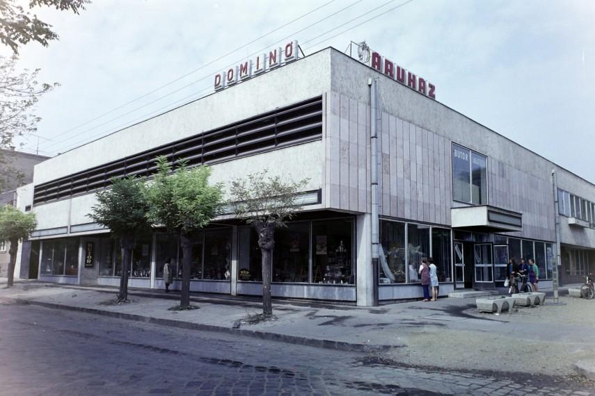 1975, Marx Károly (Grassalkovich) út, 22. (napjainkban 23.) kerület
