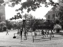 1952, játszótér a Thököly út és Bosnyák utca találkozásánál, 14. kerület