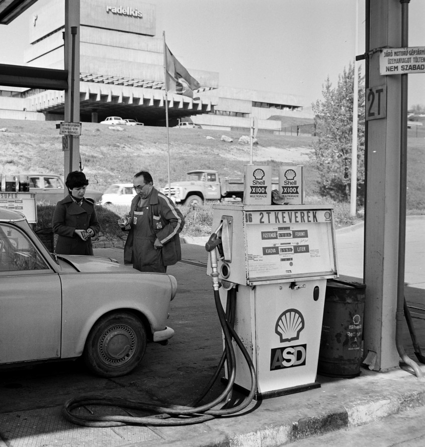 1977, Bécsi út 277., 3. kerület