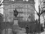 1907, Eötvös tér, az egykori Stein-ház, (1950-től 5. kerület)