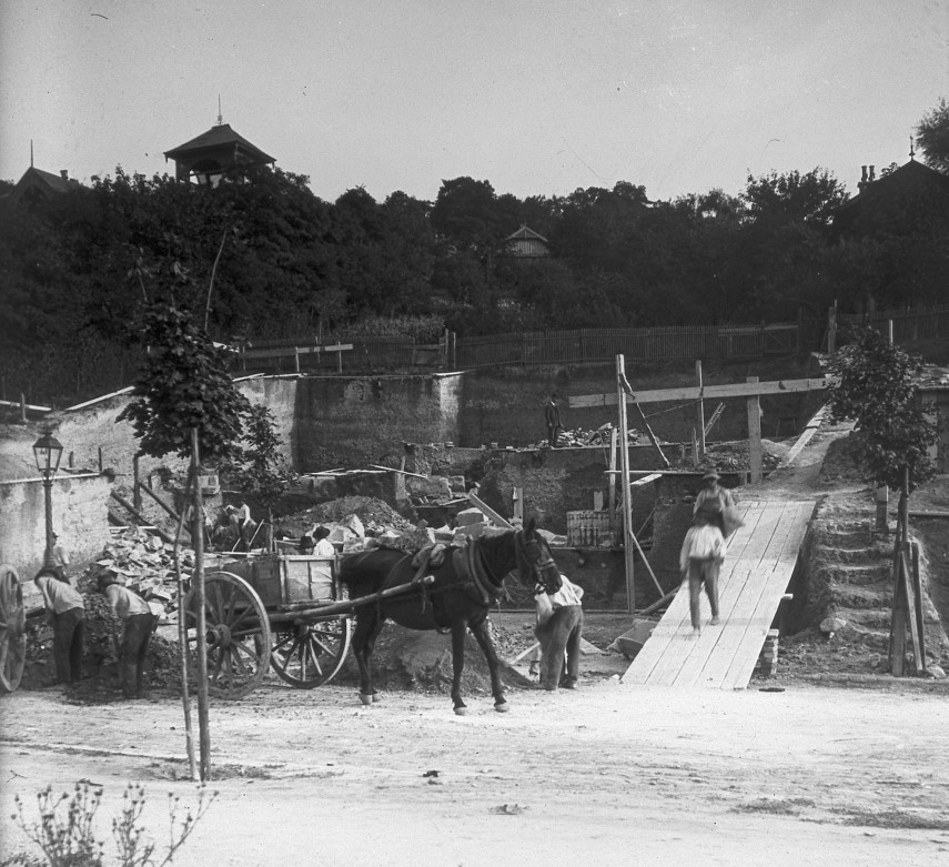 1913, Orom utca, a Schoch (Hegedűs)-villa, 1. kerület