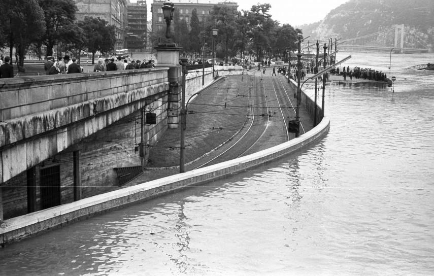 1965, Eötvös tér, 5. kerület