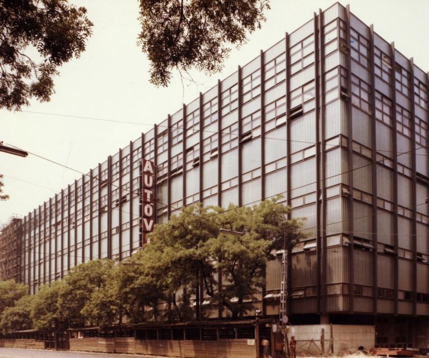 1980, Váci  út és Balzac utca sarok, 13. kerület