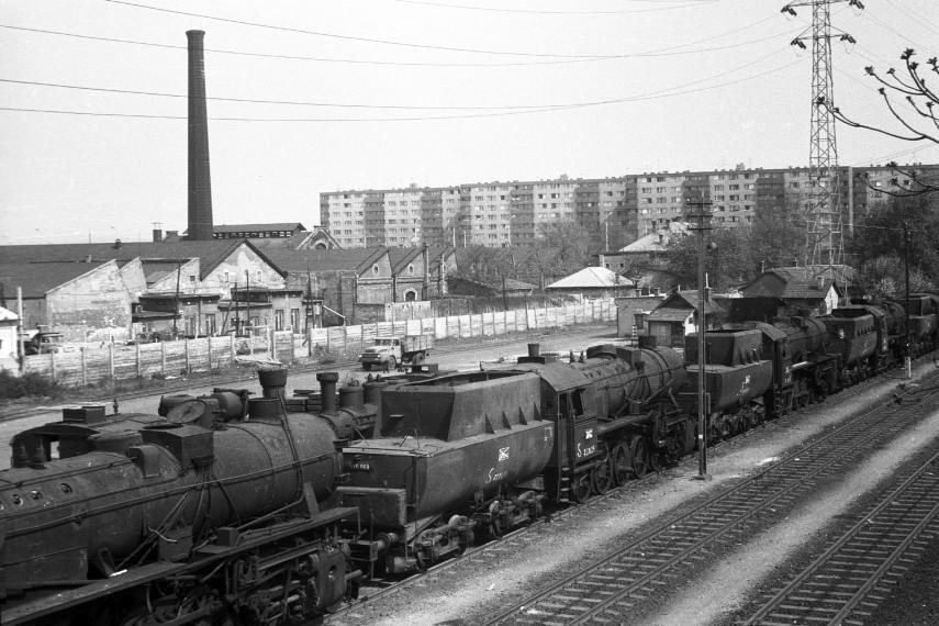 1975,  Esztergomi út,13. kerület