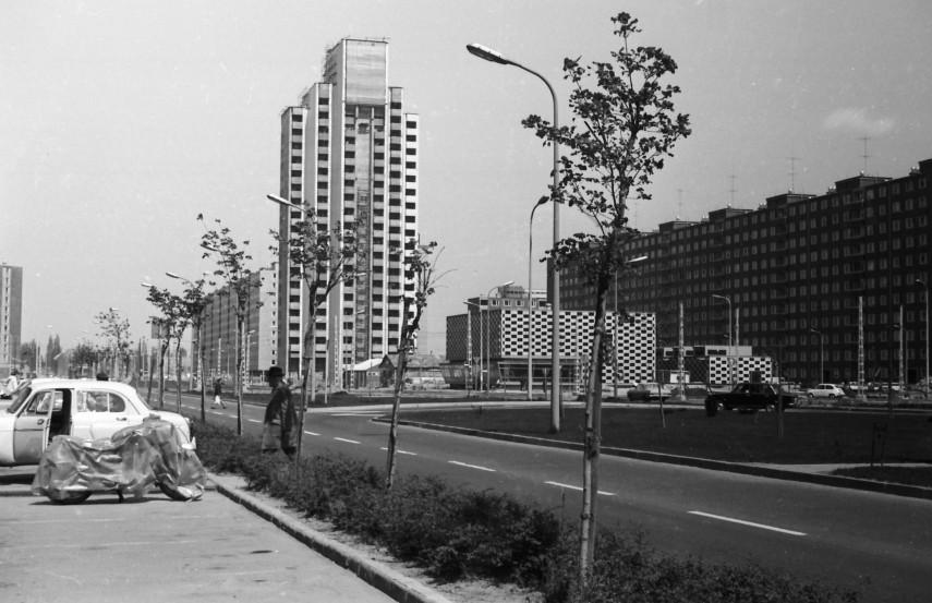 1974, Hevesi Gyula út (Nyírpalota utca), 15. kerület