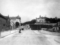 1910, Margit utca, (a szerpentin részen), 2. kerület