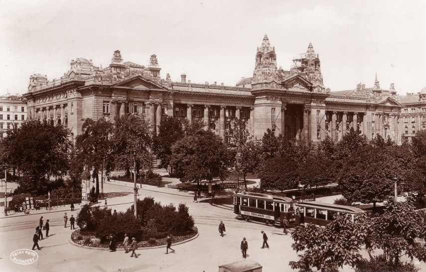 1923, Szabadság tér, 4. (1950-től 5.) kerület