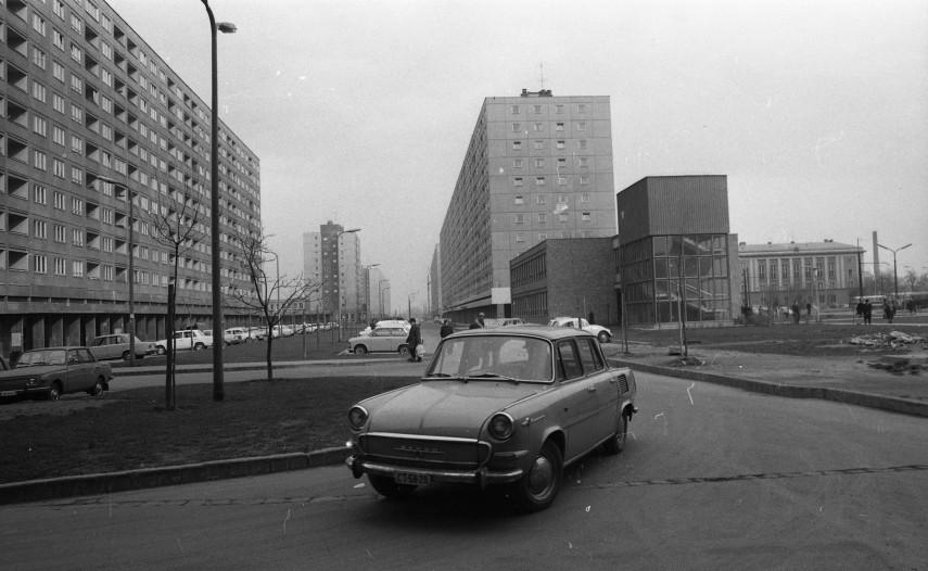 1973, Kerék utca a Kórház utcától a Raktár utca felé nézve, 3. kerület