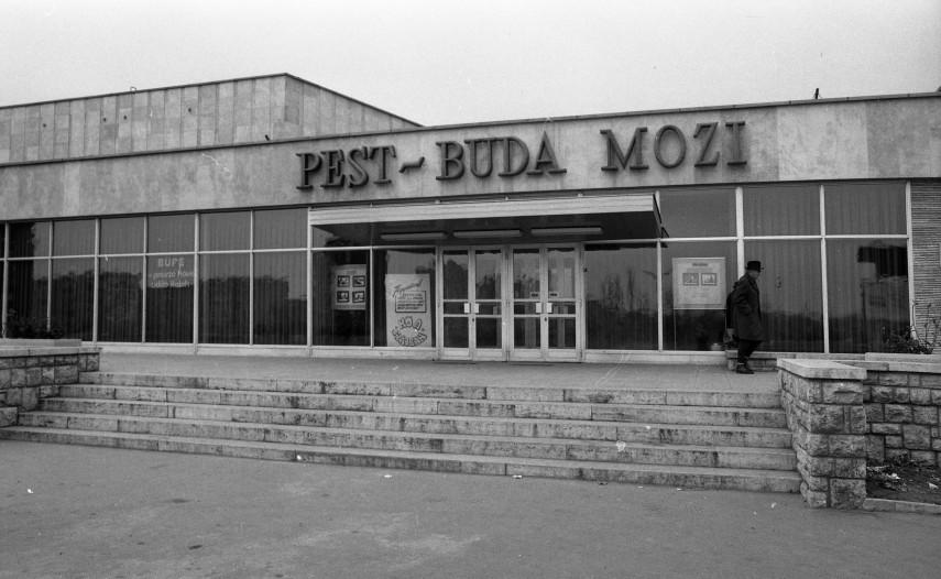 1973, Dési Huber utca 25., a PEST-BUDA MOZI, 9. kerület