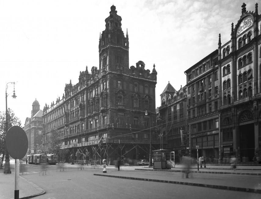 1960, Felszabadulás tér (Ferenciek tere, (1950-től) 5. kerület