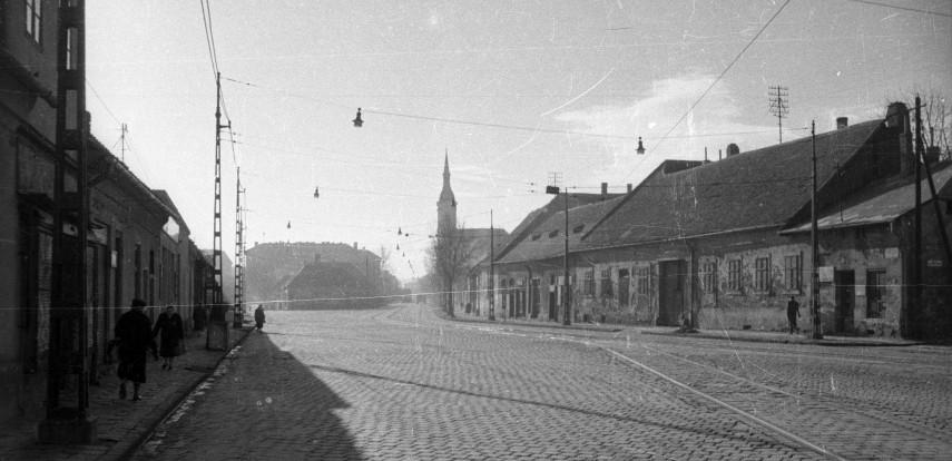 1960, Bécsi út, 3. kerület