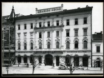 1890-es évek, Üllői út, a HEINRICH UDVAR