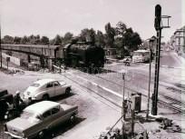 1966, Hungária körút a Mautner Sándor (Szent László) utca előtt, a vasúti átjárónál