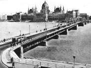 1946, a Kossuth híd, 1. és 5. kerület