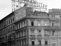 1954, November 7. tér (Oktogon), 6. kerület