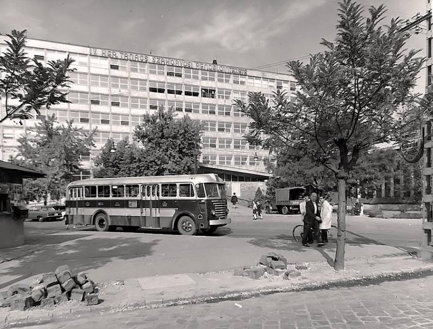 1965, Papp József (Szent Imre utca) utca, 4. kerület