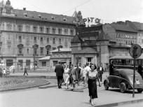 1950-es évek eleje, Baross tér, 8. kerület
