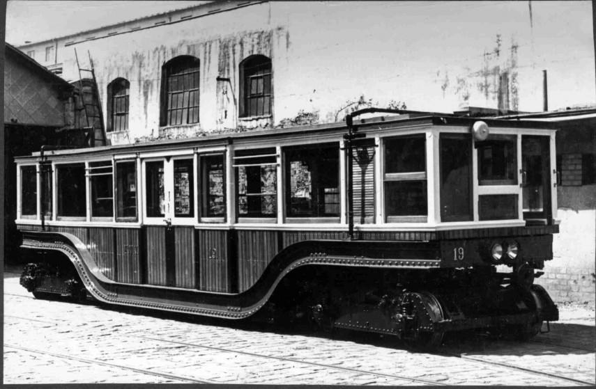 1900-1968, Földalatti kocsi