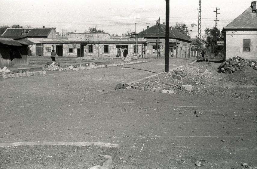 1947, Kossuth Lajos (Sashalmi) tér, (1950-től) 16. kerület