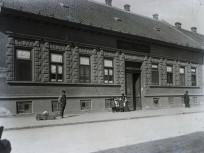 1910, Föld utca, 3. kerület
