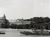1941, a Piemonte vontató csavaros motorhajó budapesti útja panorámaképen, 1. kerület