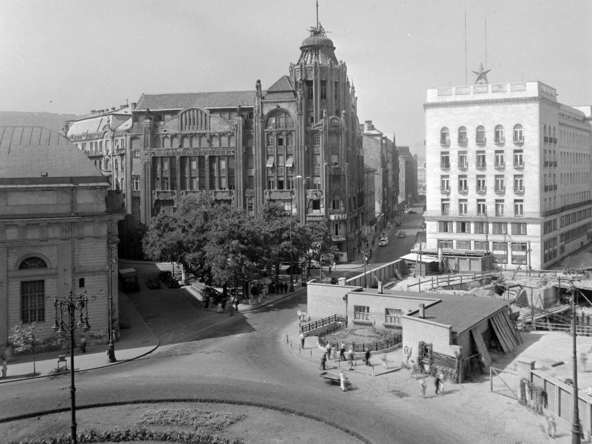 1954, Deák Ferenc tér, 5., és 6. kerület