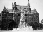 1934, Szentháromság tér, 1. kerület
