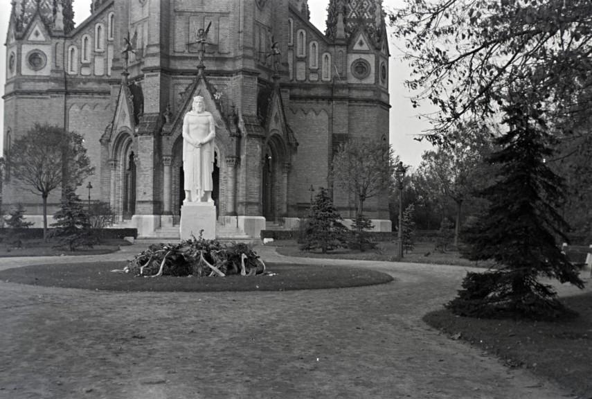 1941, Kőbánya Szent László tér, 10. kerület