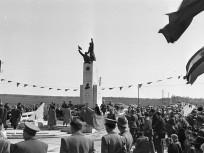1951, Vecsés, a Fő út és a Ferihegyi Repülőtérre Vezető út találkozásánál