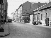 1970,  Karácsony Sándor utca a Koltói Anna (Magdolna) utcától a Teleki tér felé nézve