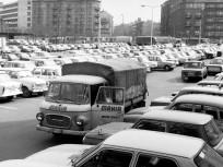 1982, Lövőház utca a Mártírok útja (Margit körút) felé nézve, 2. kerület
