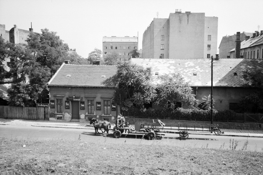 1961, Mexikói út, 14. kerület