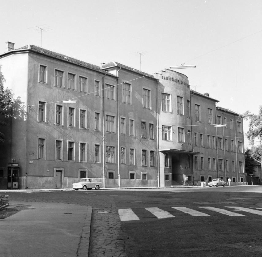 1970, Kiss János altábornagy utca, 12. kerület