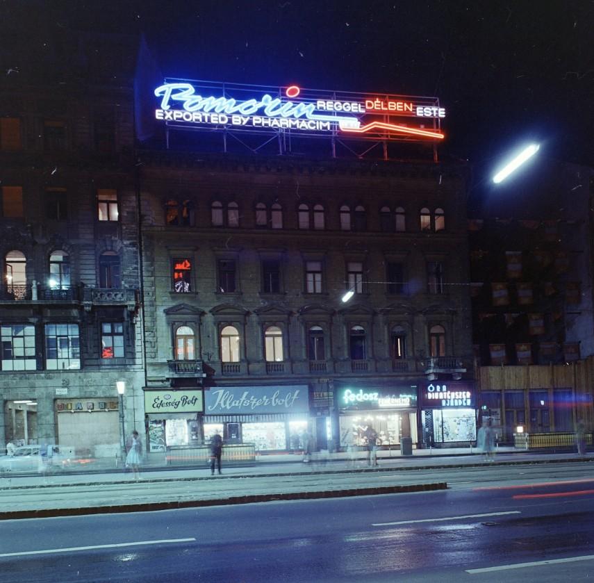 1971, Tanács (Károly) körút, 5. kerület