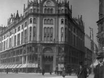 1912, Kígyó tér (Ferenciek tere), 4.,(1950-től 5.) kerület