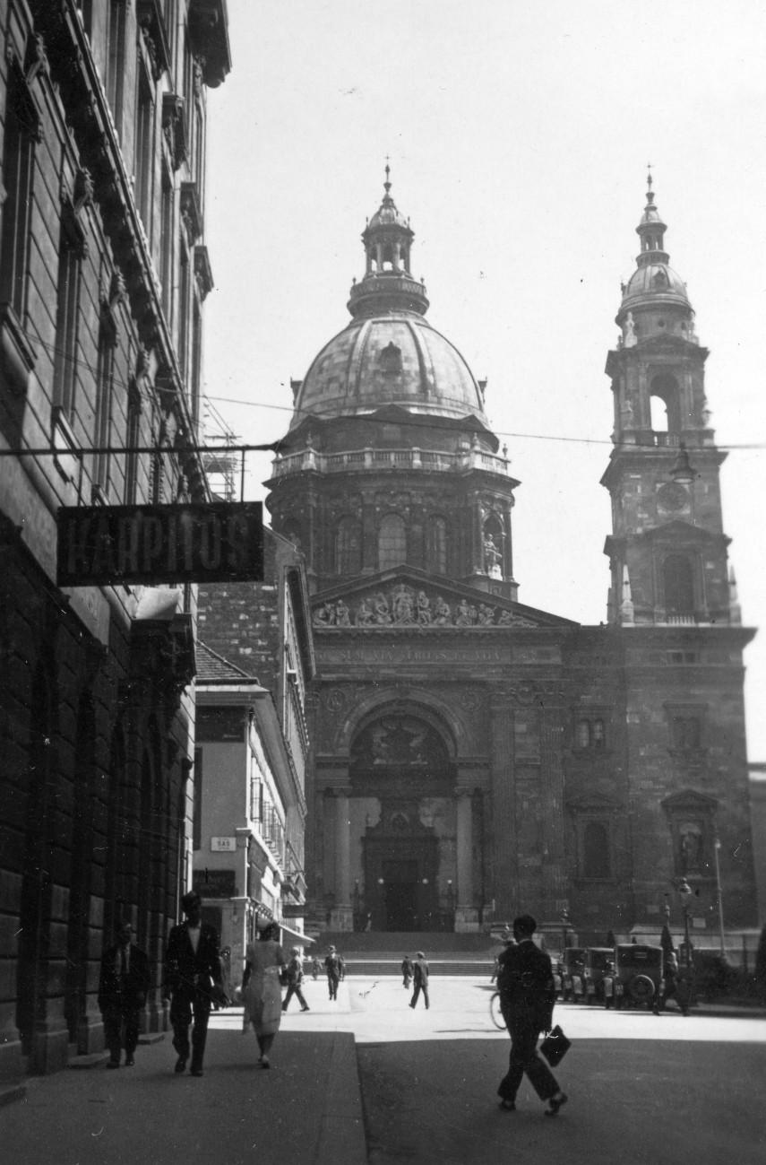 1934, Zrínyi utca, 4., (1950-től) 5. kerület