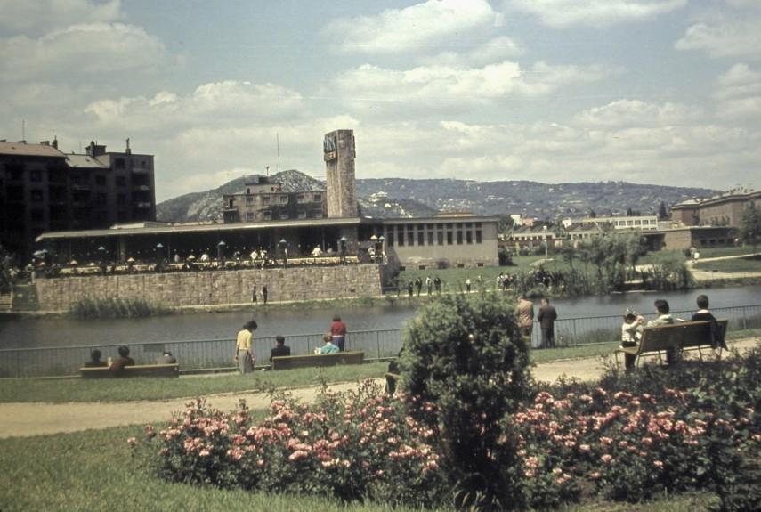 1963, Kosztolányi Dezső tér, 11. kerület
