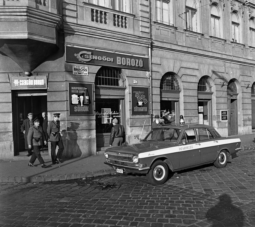 1972, Baross utca a Lujza utcánál, 8. kerület