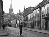 1932, Fortuna utca a Bécsi kapu tér felé nézve, 1. kerület
